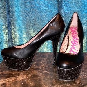 Black Sparkle Heels!